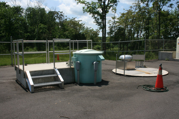 Route 206 Pumping Station: Dry Well (left) & Wet Well (right)